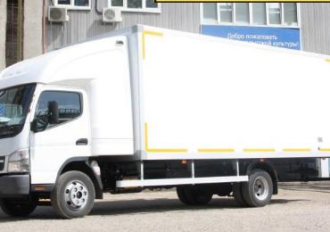 MITSUBISHI FUSO CANTER FE 85 c сэндвич фургоном 6,2х2,6х2,3 м