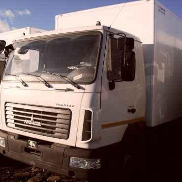 МАЗ-4371Р2 с изотермическим  фургоном  производства ООО «Меткомплекс»